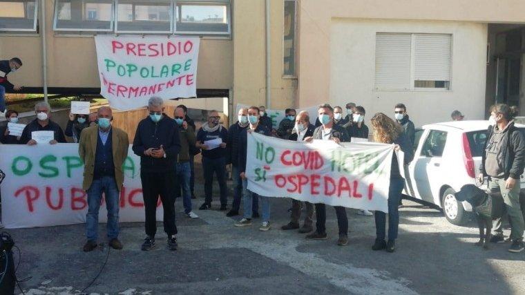 Riapertura ospedale Cariati, Le Lampare: «L'occupazione sta sortendo effetti»