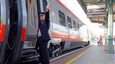 Il Frecciargento Sibari-Bolzano non è più prenotabile oltre il 31 dicembre. Abate: «Nessuno osi toccare quel treno»