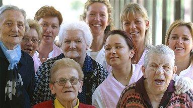 Cercasi borsisti per assistenza anziani