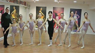 Otto ballerini di Mirto a Firenze per gli esami internazionali di danza classica