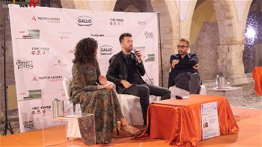 Rossano: Andrea Scanzi e il suo viaggio in un'Italia che resiste - VIDEO