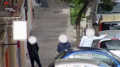 """Droga ed estorsioni, operazione """"Alarico"""" a Cosenza: 57 misure cautelari – VIDEO"""