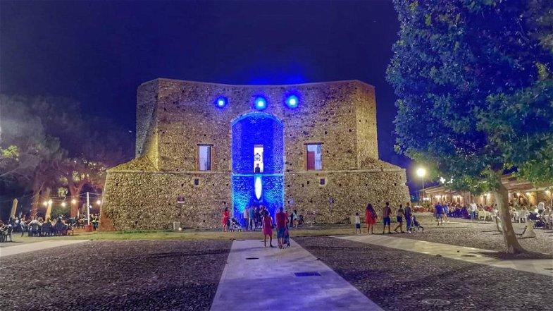 Corigliano Rossano, bilancio positivo per la mostra d'arte della LNI alla Torre Sant'Angelo