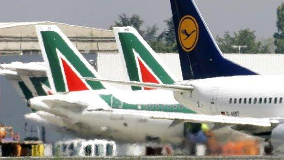 Aeroporti calabresi, Sacal: «In un anno il 12% in più di passeggeri»