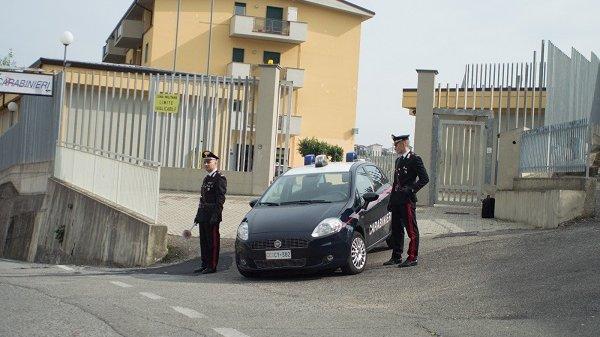 Carabinieri Corigliano: figlio alcolizzato minacciava e picchiava la madre. Arrestato dopo l'ennesimo episodio di violenza