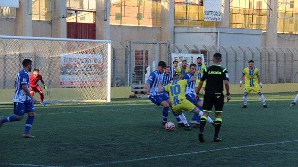 Serie D: il Corigliano Calcio a Licata dura un tempo