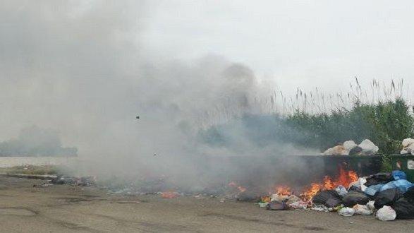 demA Calabria: «Roghi di rifiuti nella Sibaritide, atti criminali»