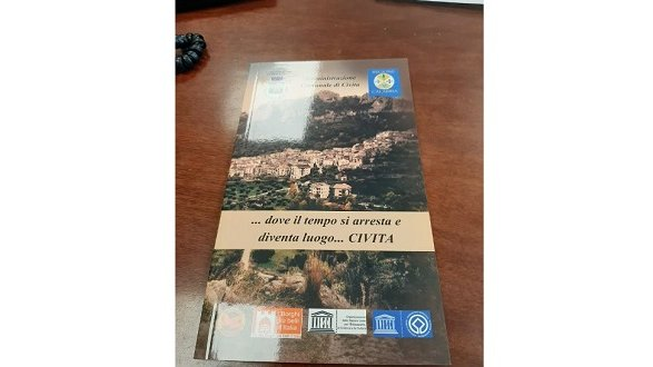 Nasce la Nuova Guida Turistica tascabile per promuovere Civita