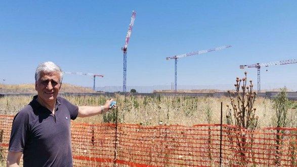 Graziano: «Ospedale Insiti, in 4 giorni installate 4 nuove mega gru»