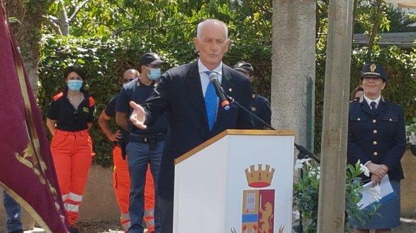 Il capo della Polizia Gabrielli inaugura il nuovo commissariato di Castrovillari