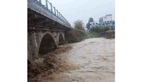 Allerta meteo, a Mirto evacuate le case a ridosso di un torrente