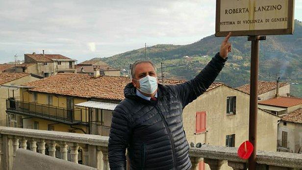 No violenza sulle donne, a Fagnano castello un fiore per Roberta Lanzino