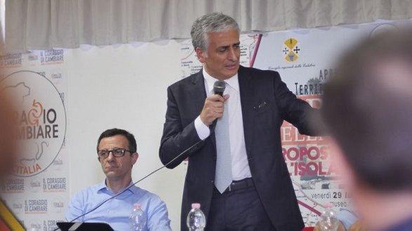 L'Annunziata è al collasso, Graziano: «Aprire subito gli ospedali periferici»