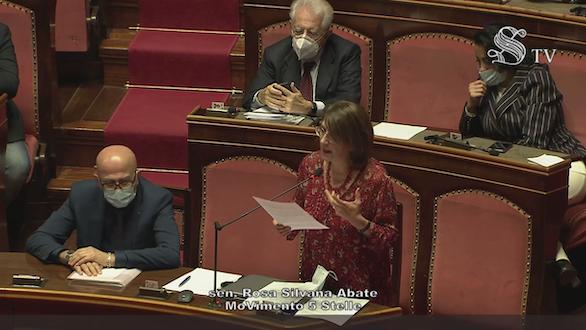 Abate (M5S): «Ampliamento competenza territoriale dell'ufficio doganale di Corigliano-Rossano»