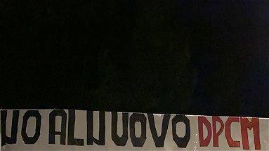 Nuovo Dpcm, la protesta silente dei giovani di Fratelli d'Italia a Terranova da Sibari
