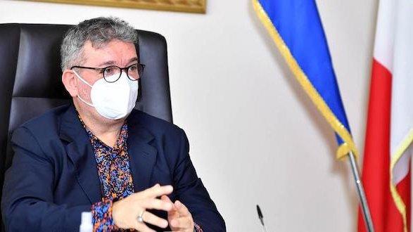 Covid, Spirlì ordina l'aumento di 244 nuovi posti letto