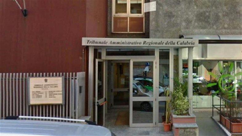 Scuola, caos da ripartenza: genitori di Corigliano-Rossano presentano il controricorso al TAR per fare restare i bambini a casa