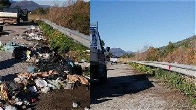 Amendolara, ripulite dai rifiuti le aree sosta della SS481