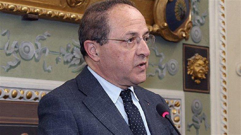 Provinciali, depositata la candidatura di Franco Iacucci: consegnate 708 firme