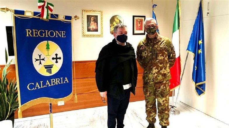 Emergenza Covid, il Presidente Spirlì incontra il Generale Tota: «Grande spirito di collaborazione»