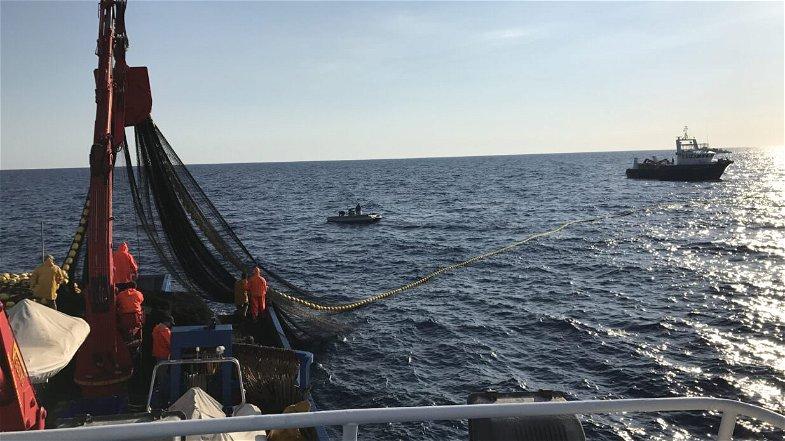 Fermo pesca, CGIL: «L'aumento dei giorni è un disastro per il settore»
