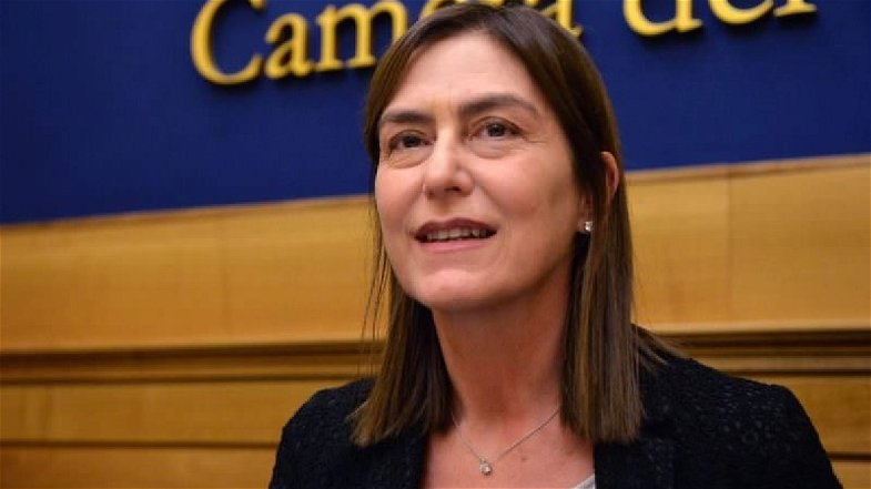 «Irto è il candidato migliore, De Magistris privo di contenuti» secondo Bruno Bossio (Pd)