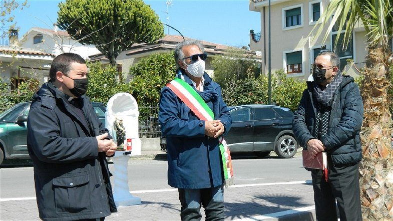 Amendolara, restituita alla devozione della comunità la statuetta del patrono San Vincenzo Ferrer