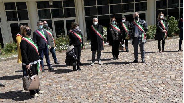 Vaccinazioni, i Sindaci della provincia di Cosenza sono stati ricevuti da Longo
