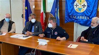 Unità di crisi, Spirlì: «vaccinazione prende ritmo giusto»