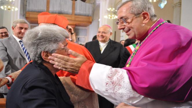 Si è spenta stamani la mamma dell'arcivescovo Satriano