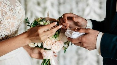 Matrimoni, dalla Regione uno spiraglio: «Si riparta in sicurezza»
