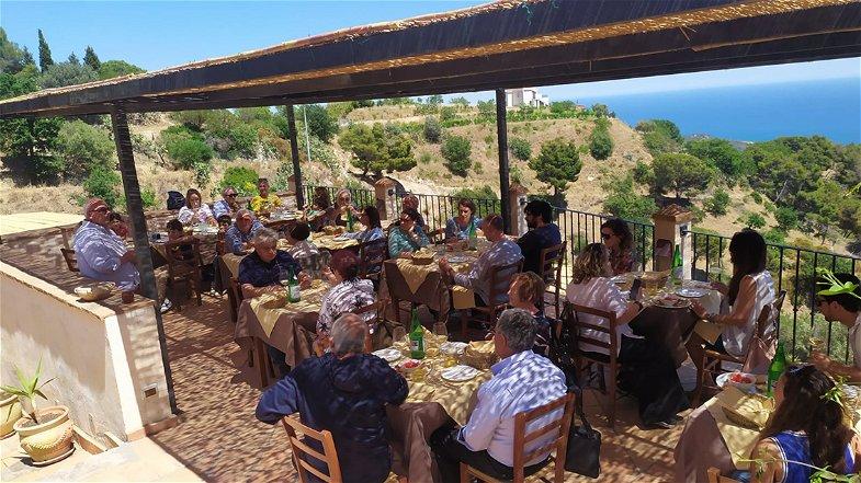 Cantine aperte Calabria: un successo l'inizio della stagione di enoturismo