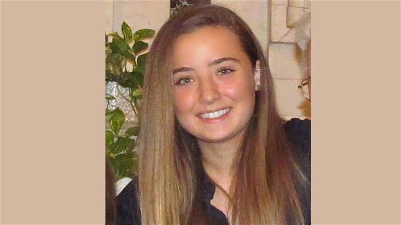 18 enne morta dopo la dose di AstraZeneca, Sapia: «Speranza riferisca in Parlamento»