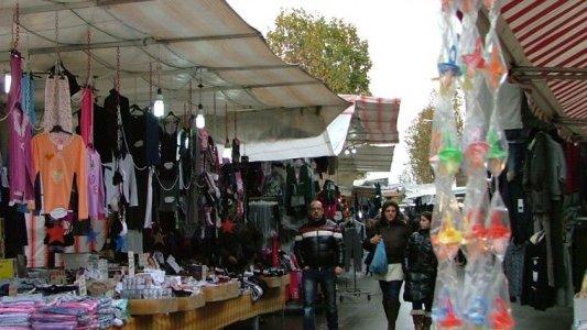 Ritorna il mercato mensile a Trebisacce anche se «non si sarebbe mai dovuto fermare»