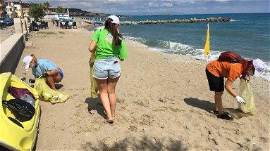 Cariati, Ricicla Estate: «Raccolta rifiuti e beach litter. Tuteliamo le nostre spiagge»