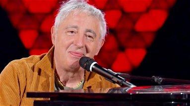 Il 25 luglio Erminio Sinni sarà ospite al Riva, per un indimenticabile live show