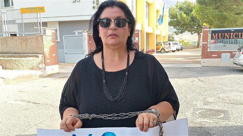 Eco-distretto Villapiana, la protesta rumorosa di Eleonora