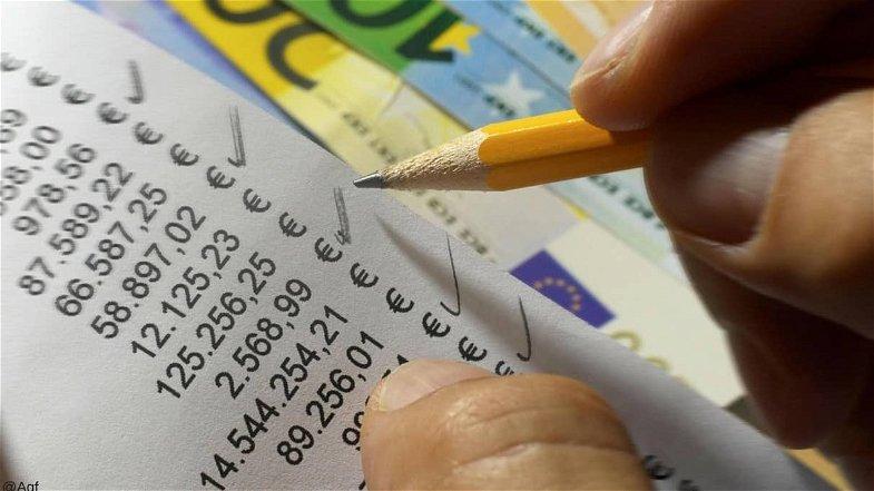 Secondo la Cgia Mestre 1 calabrese su 5 evade le tasse. Ma lo fa per sopravvivere