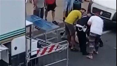 A Co-Ro ambulanti abusivi aggrediscono agenti della Polizia Locale. Il fatto e le reazioni