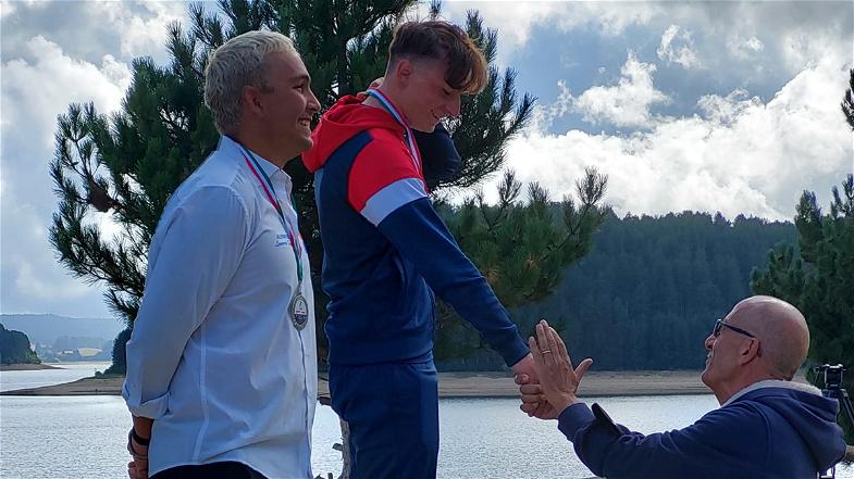 Dominate The Aqa, lo sport protagonista nelle acque del Lago Arvo