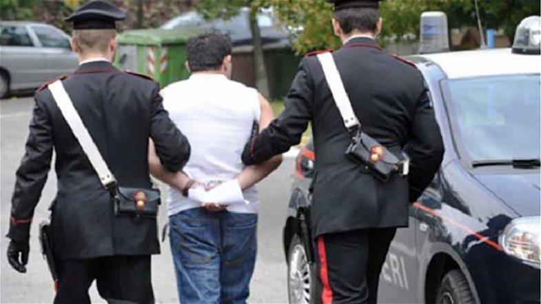 Rapina aggravata nei confronti di un rumeno: un connazionale finisce in carcere