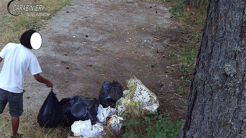 Lordazzi nel Parco della Sila beccati dalle telecamere: fioccano le multe