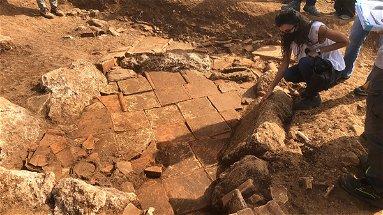 Laino Borgo, si conclude la seconda campagna di scavi archeologici: «Scoperto un vasto abitato»