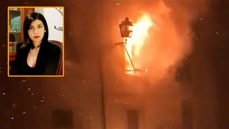 Va ai domiciliari il 38enne turco che aveva dato fuoco all'abitazione in cui dimorava