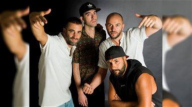 """Da Cosenza a New York: """"Siamo Qui"""" è il nuovo album del collettivo rap cosentino Keepalata"""