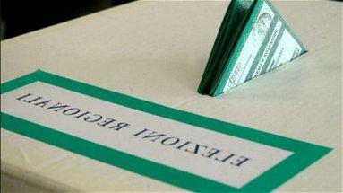 Fotografa la scheda in cabina elettorale, denunciata una 62enne di Castrovillari