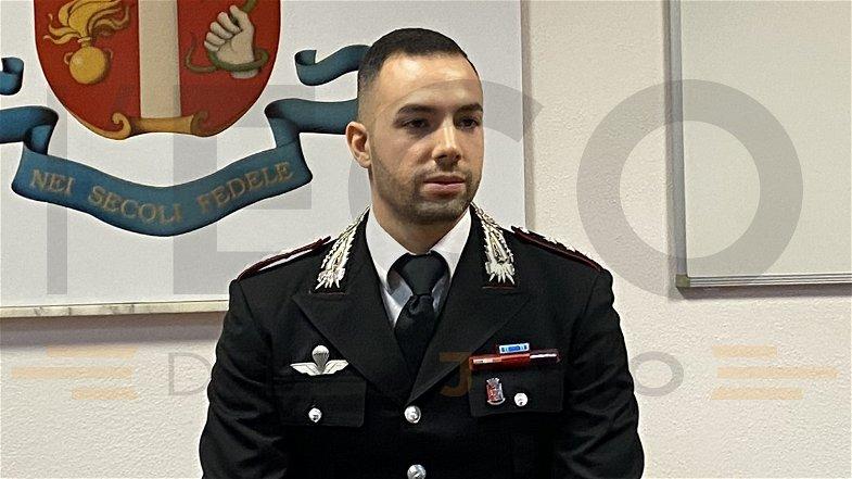 Un giovane comandante gentiluomo, il saluto del capitano Calascibetta