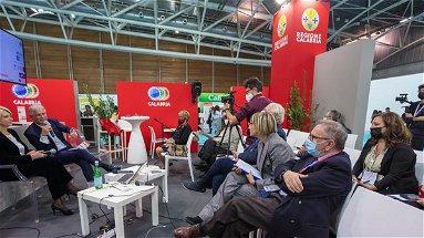 Primo giorno di appuntamenti della allo stand della Calabria al Salone del Libro