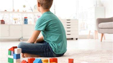 Co-Ro, salta la continuità assistenziale nelle scuole. La denuncia dei genitori di una bimba autistica