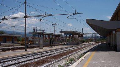 Donna muore investita da un treno a Castiglione Cosentino